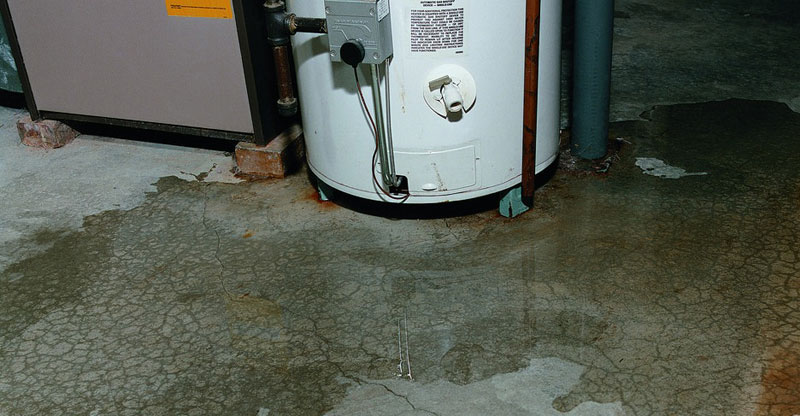 how to stop a hot water heater leak